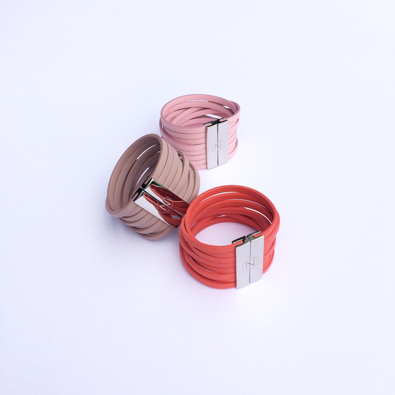 bracelets cuir eco designed ninti modèles paratii coloris rose pivoine et parme